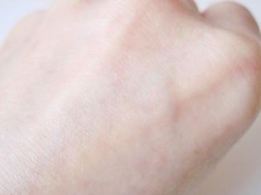 見た目年齢を変える!?人口皮膜・メビヴェール、抗シワ試験済美容液【トワエッセ モアヴェールエッセンス】