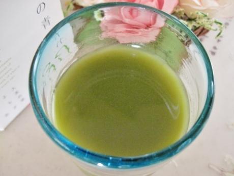 大麦若葉、抹茶「ハーブの女王」よもぎで抗酸化力が豊富!あっさりして美味しい【やまだの青汁30】
