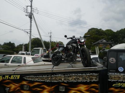 バイクを積む (4)