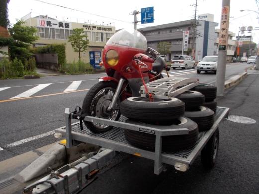 移動 (3)