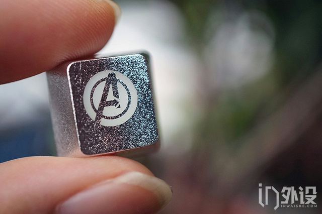 Avengers_Keycaps_05.jpg