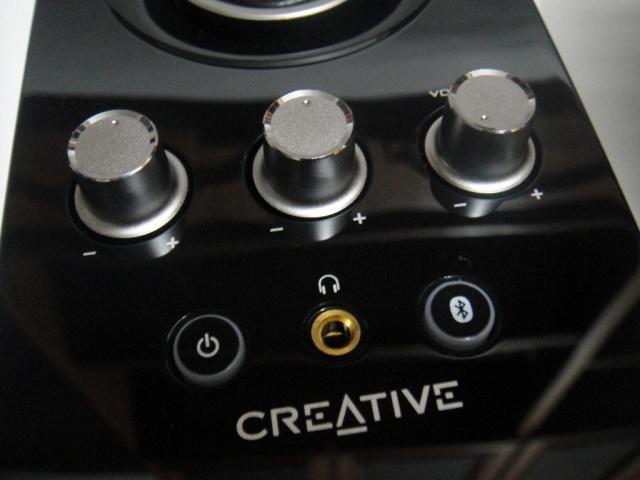 Creative_T30_Wireless_15.jpg