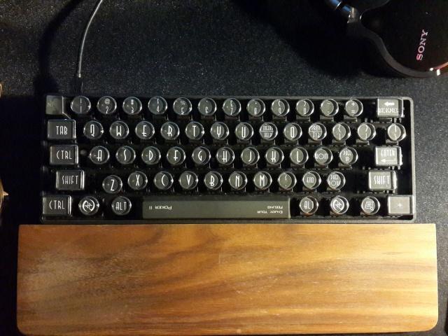 Datamancer_Typewriter_Keys_04.jpg