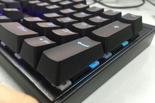 Lenovo_MK300_05.jpg