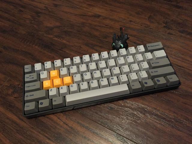 Mechanical_Keyboard42_70.jpg