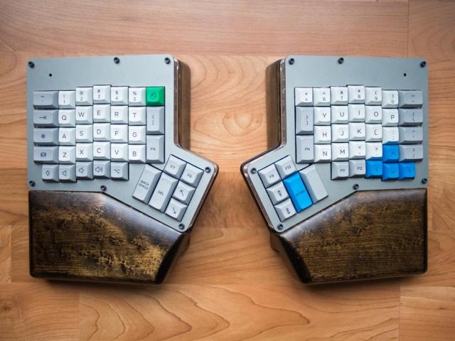 Mechanical_Keyboard43_75.jpg