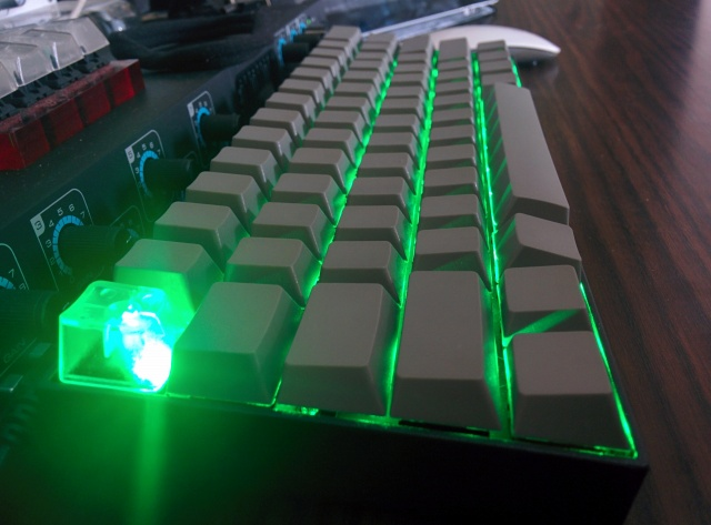 Mechanical_Keyboard44_02.jpg
