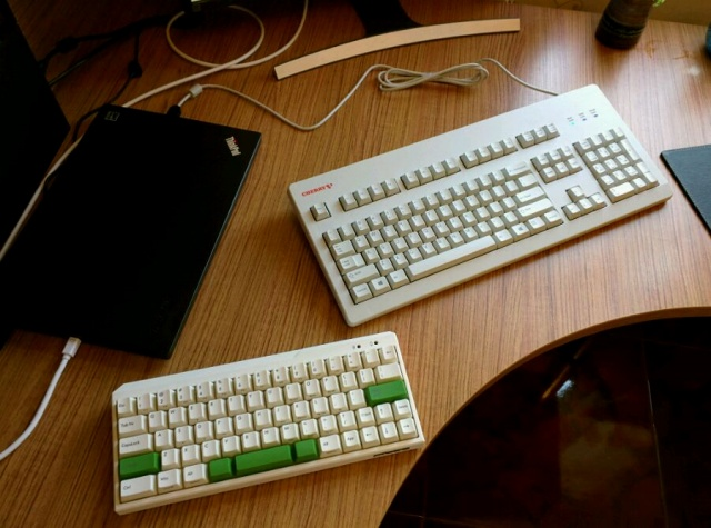 Mechanical_Keyboard50_100.jpg