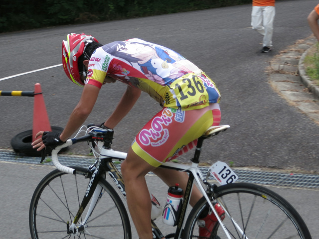 Nonnonbiyori_CyclingTeam_05.jpg