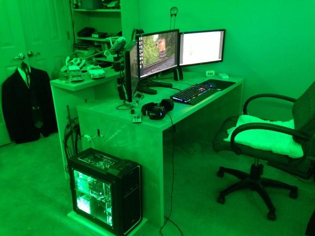PCdesk_MultiDisplay43_14.jpg