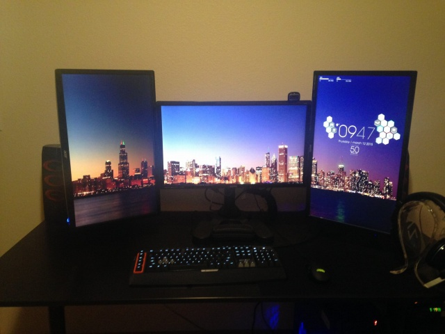 PCdesk_MultiDisplay46_79.jpg