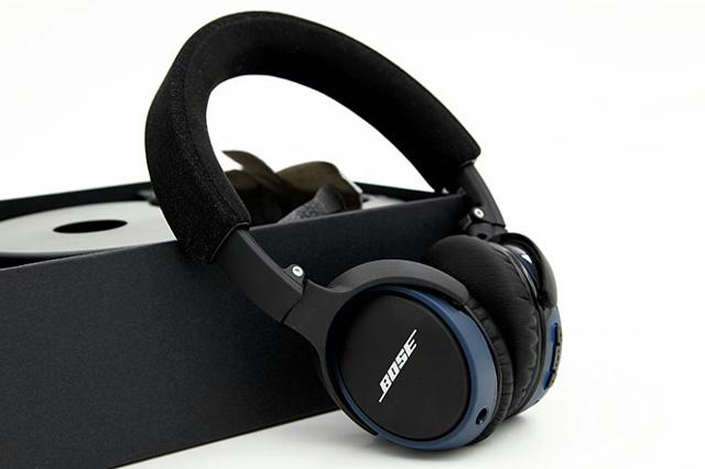 SoundLink_on-ear_Bluetooth_01.jpg