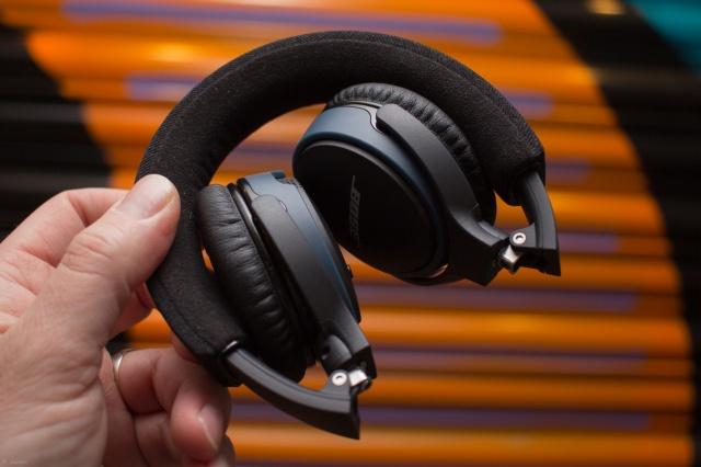 SoundLink_on-ear_Bluetooth_07.jpg