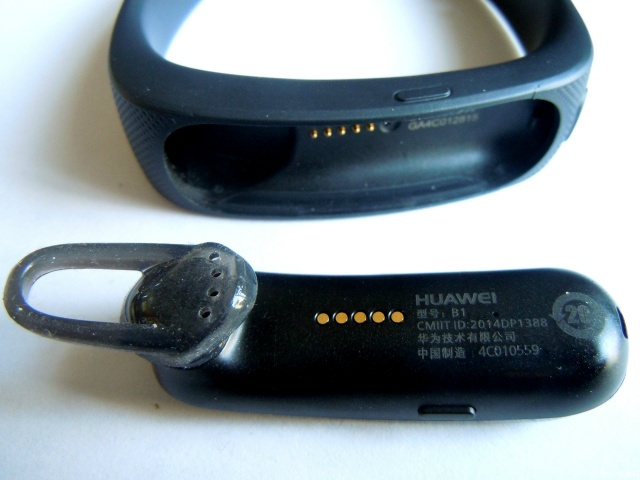 TalkBand_B1_08.jpg