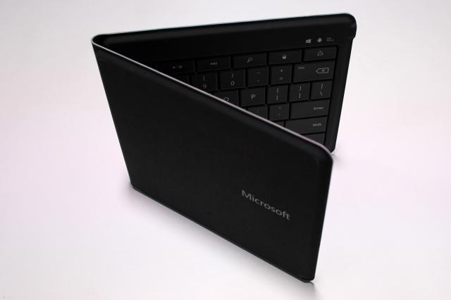 Universal_Foldable_Keyboard_04.jpg
