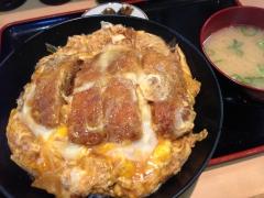 八州:カツ丼